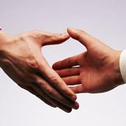 連鎖販売取引とは③~特定商取引法で定める5つの条件~